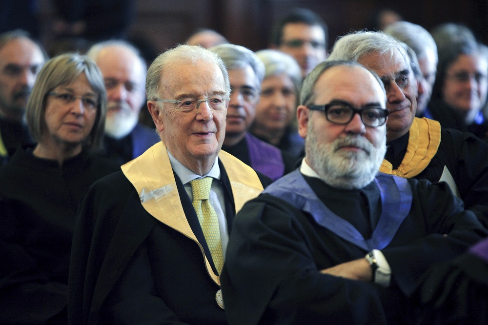 Universidade do Porto atribui título Doutor Honoris Causa a Jorge Sampaio